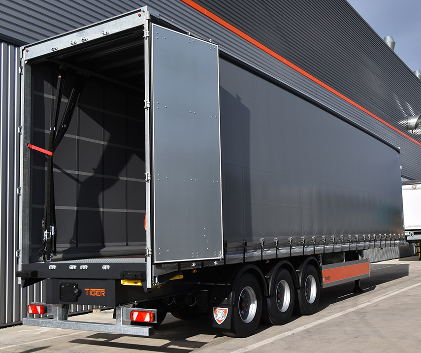 Tiger Rentals - trailer hire - row img - curtainsider