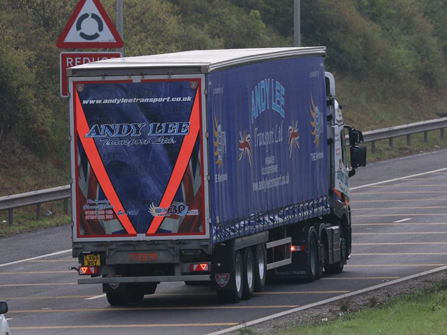Andy Lee Transport curtainsider trailer - Tim Pickford