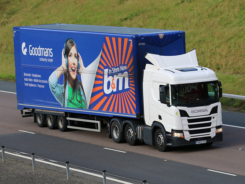 Another B&M double deck trailer spot from Tim Pickford