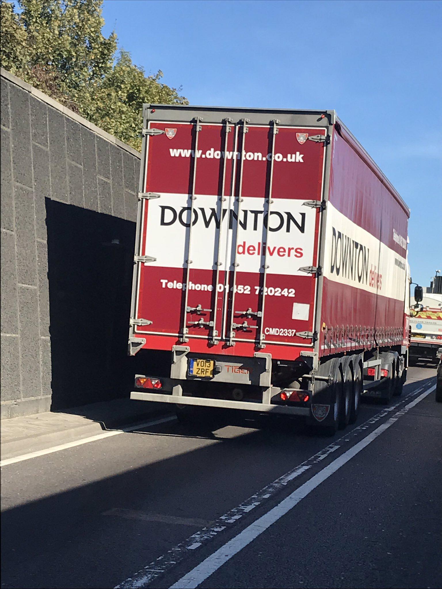 Downton trailer motorway Tag a Tiger