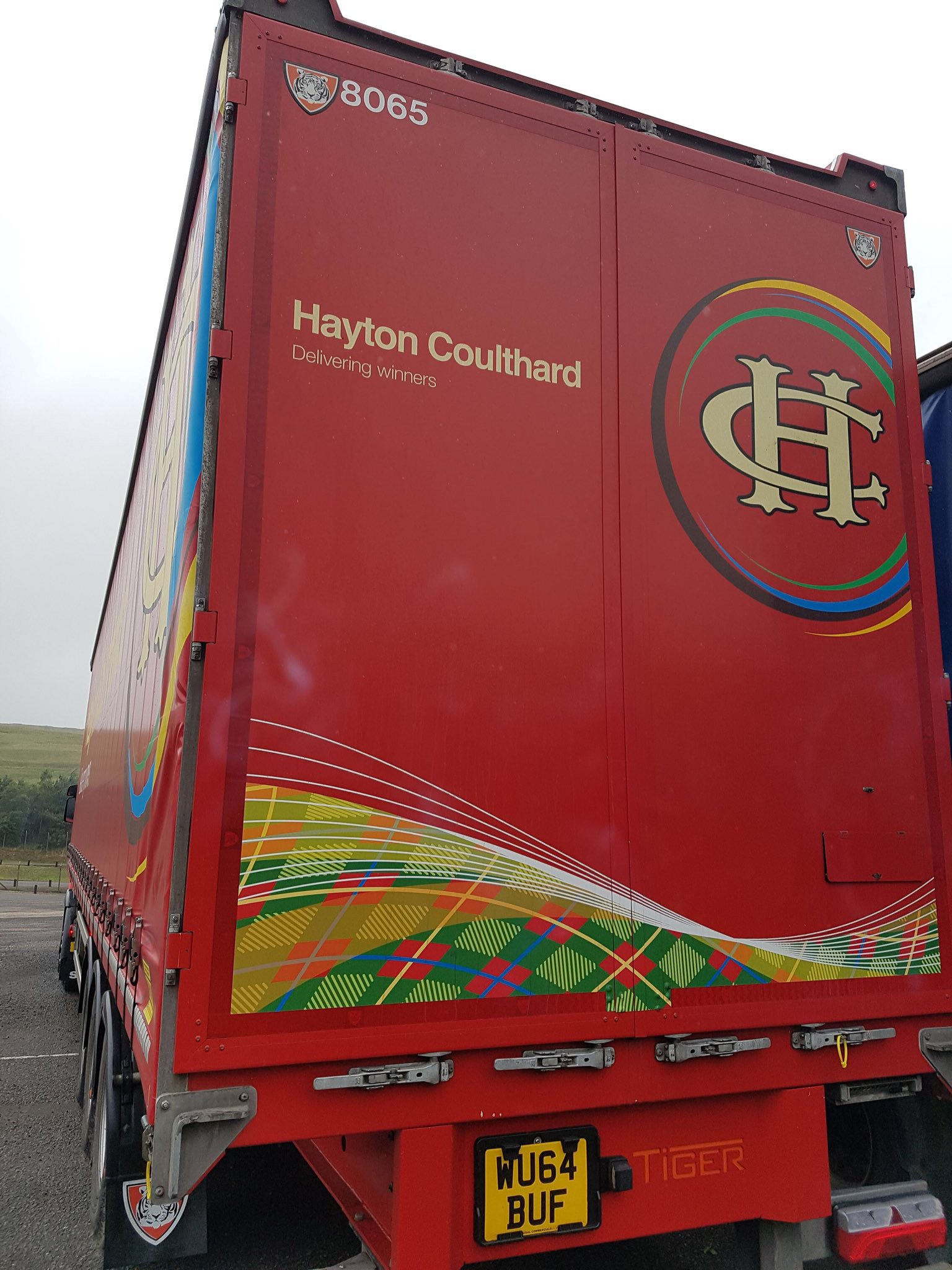 Hayton Coulthard trailer tag a Tiger