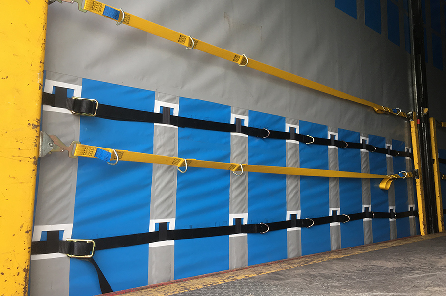 Rentals hire - photo trio - double deck curtainsider internal 2