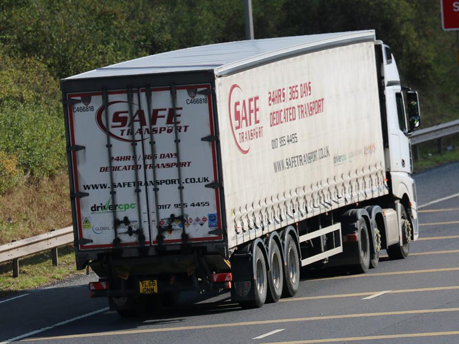 SAFE Transport Tiger curtainsider trailer - Tim Pickford