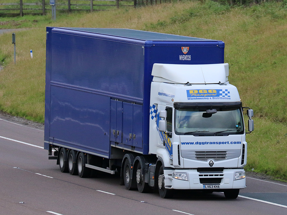 Tiger fixed double deck trailer WH Smith tag by Tim Pickford