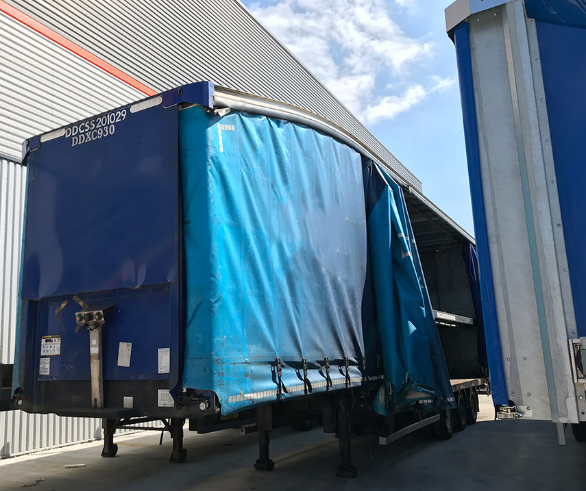 Used second hand refurbished curtainsider double deck trailer sales UK - Winsford, Cheshire 02