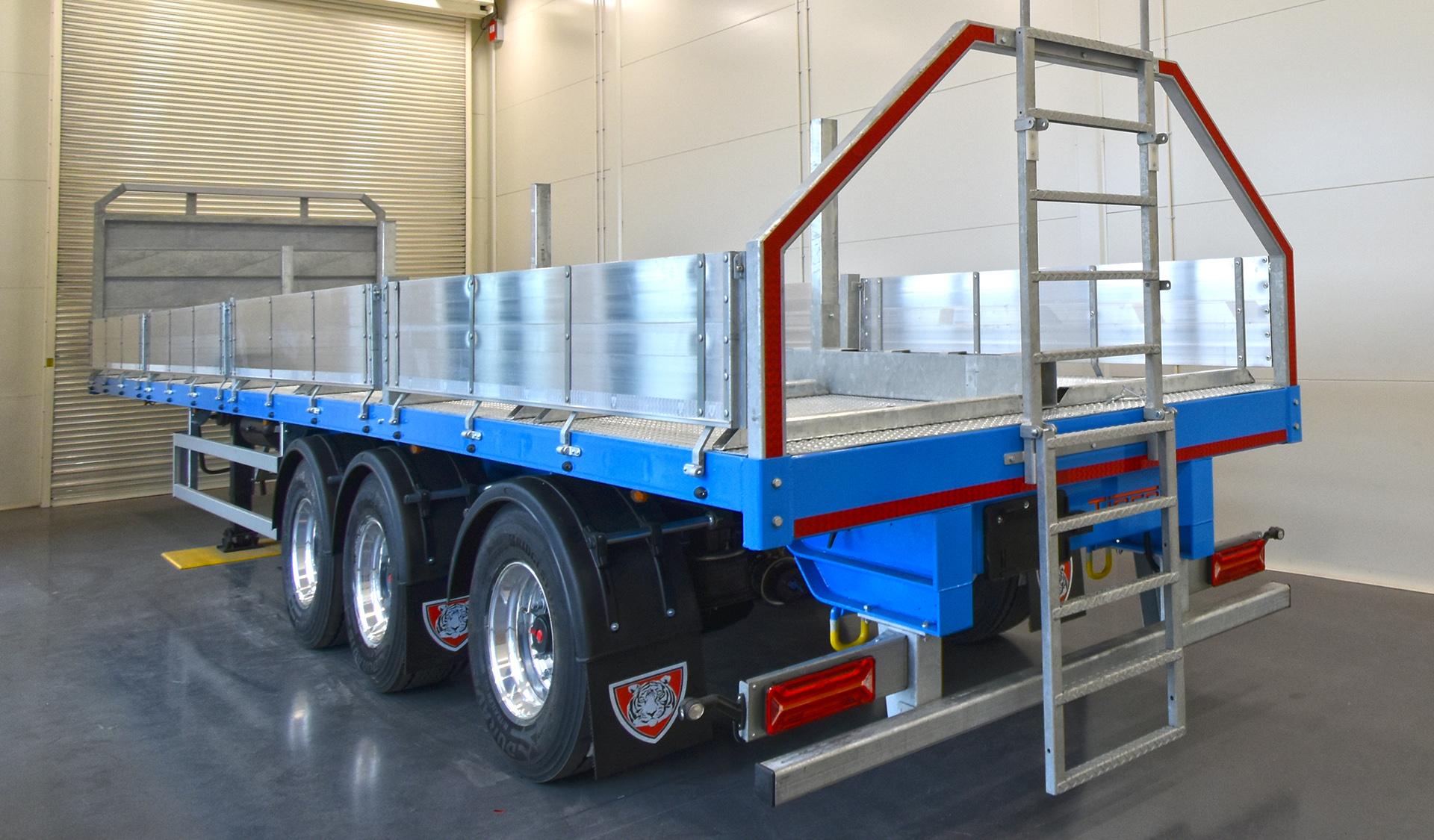 Case study Migdale Transport Tiger showroom live fish tank carrier dropside flatbed truck