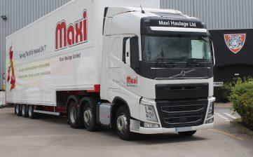 News - Maxi Haulage innovation double deck Irish ferry Volvo FH500 Globetrotter XL truck