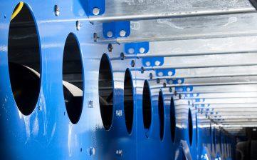 Tata Steel - lightweight clearspan pillarless curtainsider - chassis