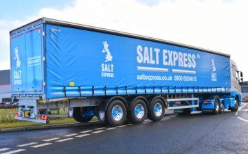 Salt Express welcomes a lightweight 3.8m Tiger curtainsider with Moffett to its fleet