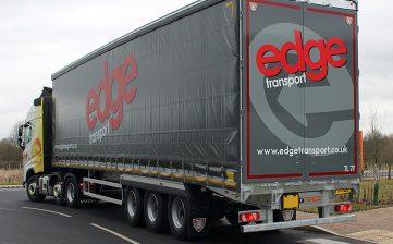 Edge Transport galvanised curtainsider - flush door handles