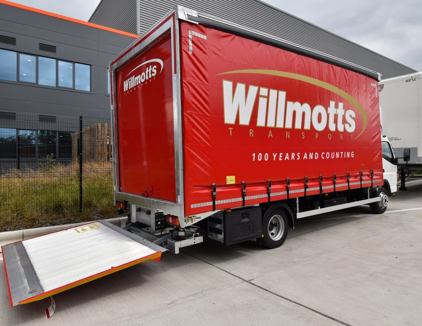 Tiger Trailers news - Willmotts 7.5t Fuso rigid curtainside tail lift
